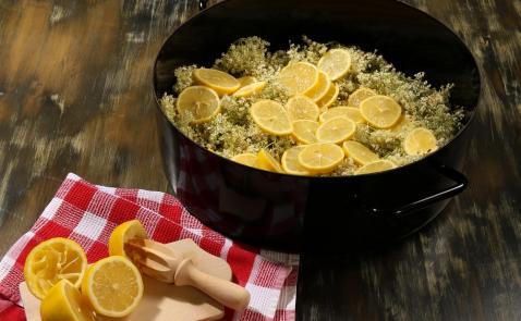 Bezgov sirup (brez citronske kisline)